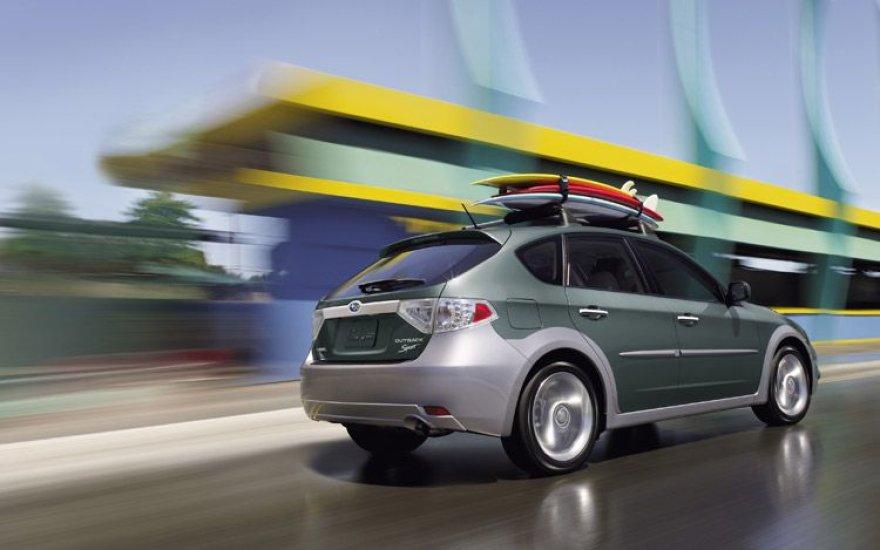 """Ženevoje bus pristatytas """"Subaru Impreza XV"""""""