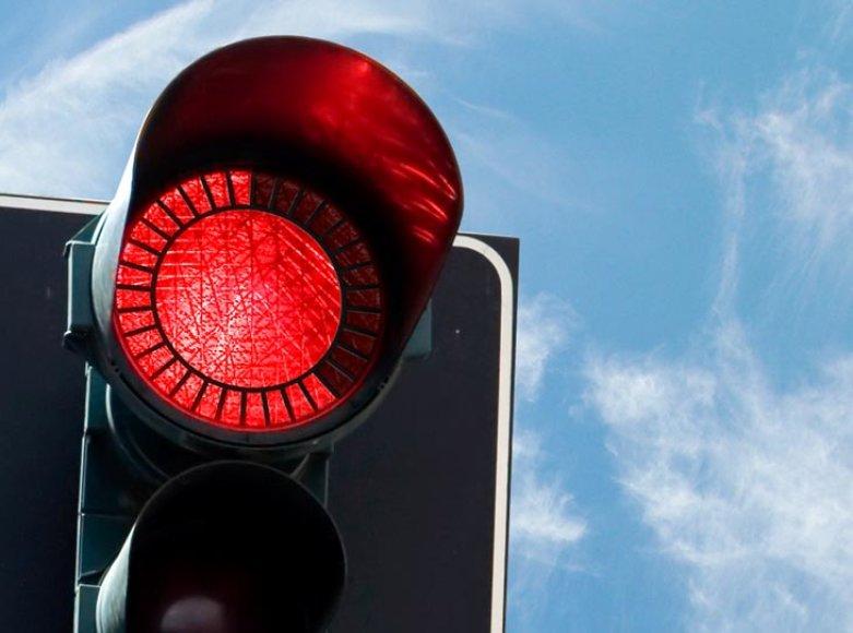 Novatoriška šviesoforo idėja – nekantriems vairuotojams