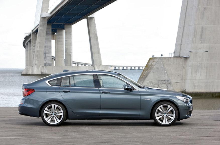 """""""BMW 5 Gran Turismo"""" – naujo segmento šauklys"""