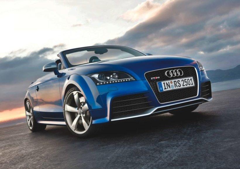 """""""Audi TT-RS"""" – ir kabrioleto kėbulu"""