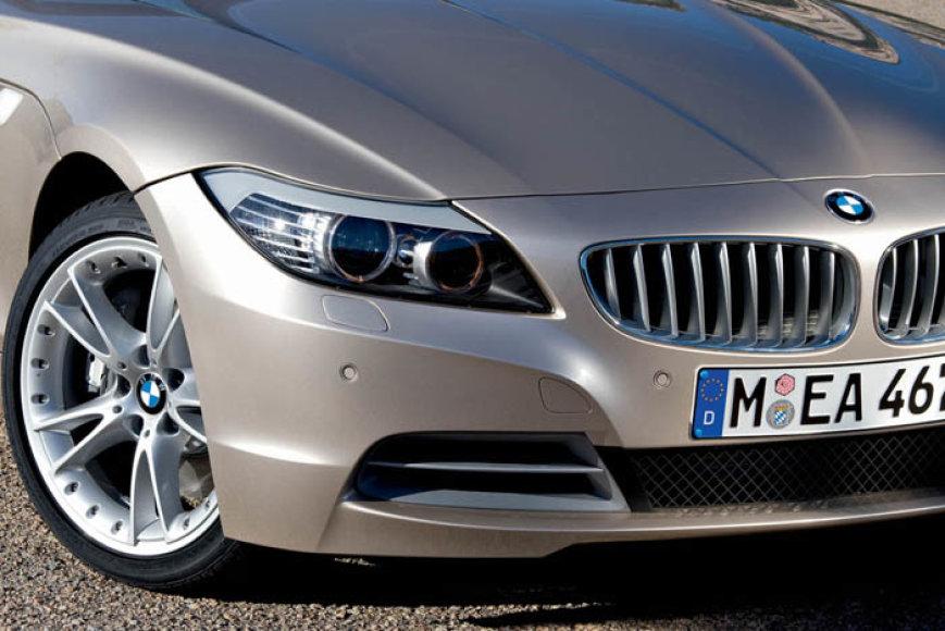 Naujasis BMW Z4 – agresyvesnis, griežtesnis ir veržlesnis