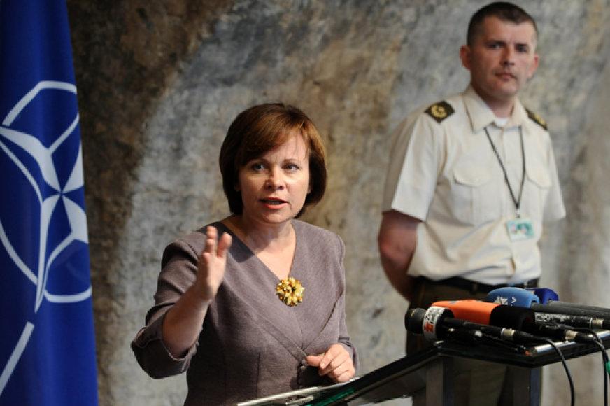 Krašto apsaugos ministrė Rasa Juknevičienė ir Gintaras Valentukevičius