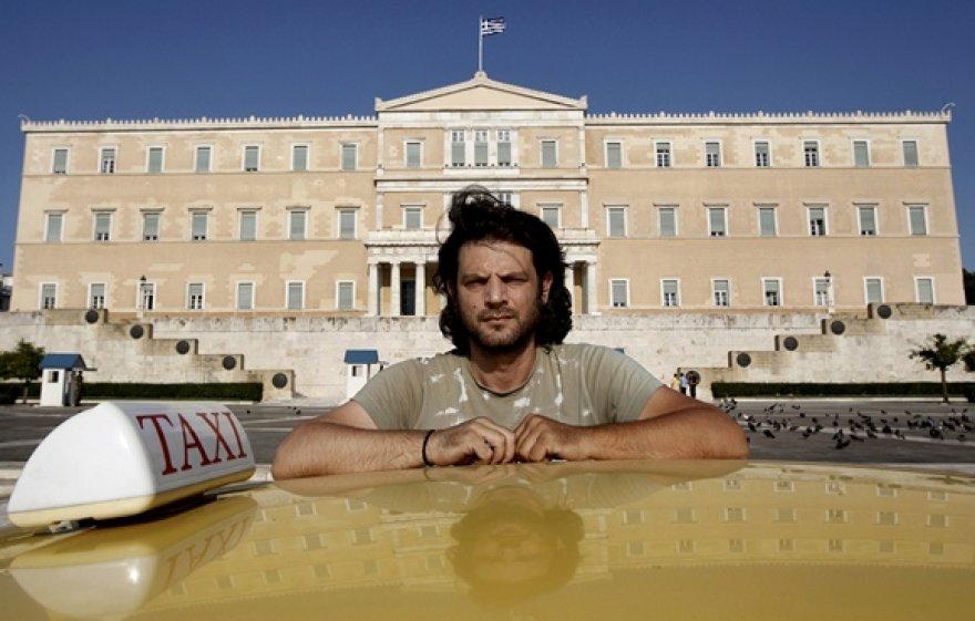 Taksi vairuotojas prie Graikijos parlamento