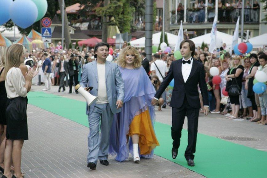 Ala Pugačiova su Maksimu Galkinu (dešinėje)