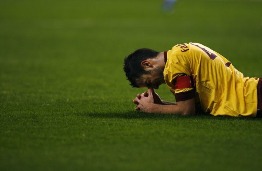 C.Fabregasas susižeidė antradienio UEFA rungtynėse