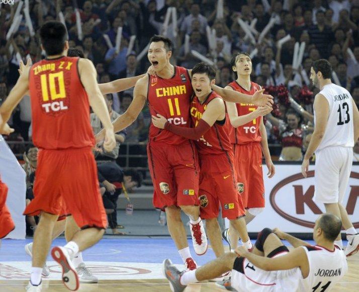 Kinai tapo Azijos krepšinio čempionais
