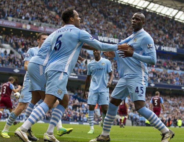 Mančesterio futbolininkai šventė pergalę