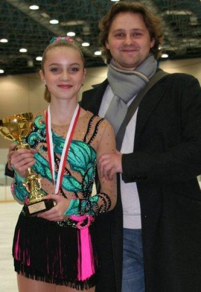 Čiuožėja Aleksandra Golovkina ir jos treneris Dmitrijus Kozlovas