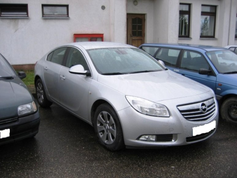 """Kalvarijoje sulaikytas naujutėlaitis """"Opel Insignia"""" gali būti vogtas."""