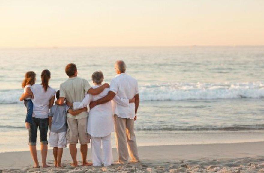 Šeima pajūryje