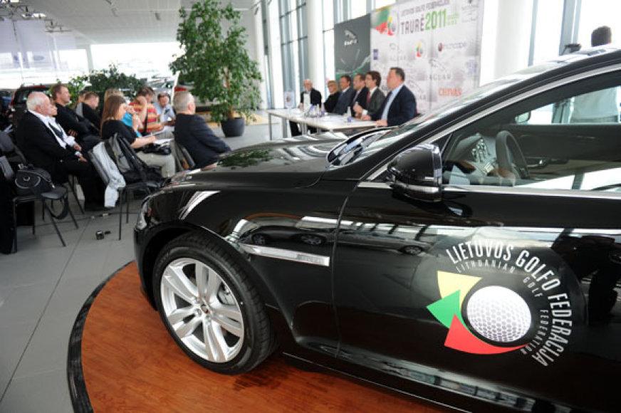 """Lietuvos golfo federacija ir """"Jaguar"""" tapo partneriais"""