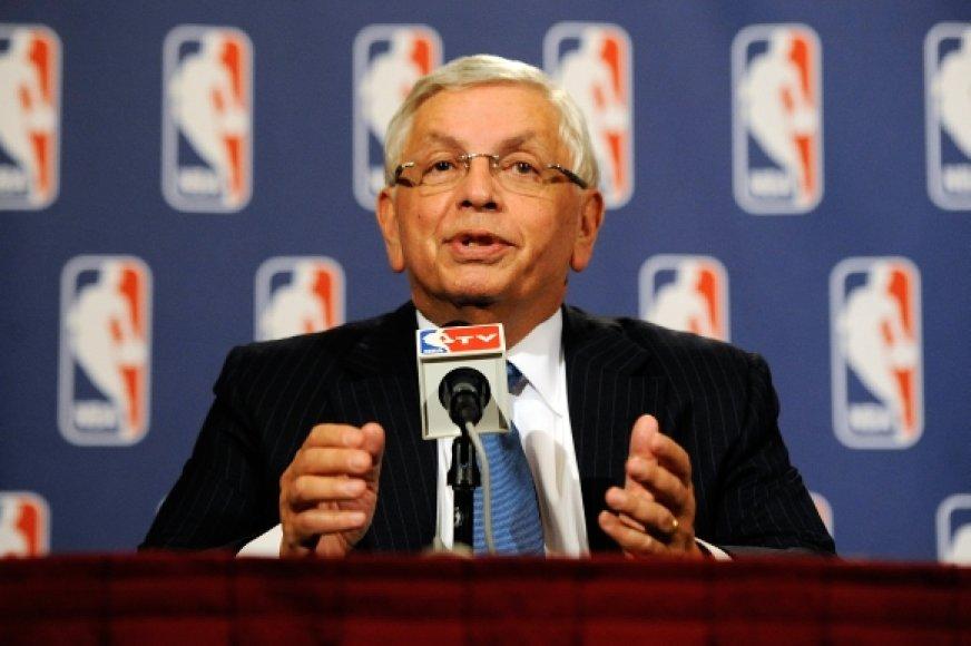 NBA komisaras Davidas Sternas
