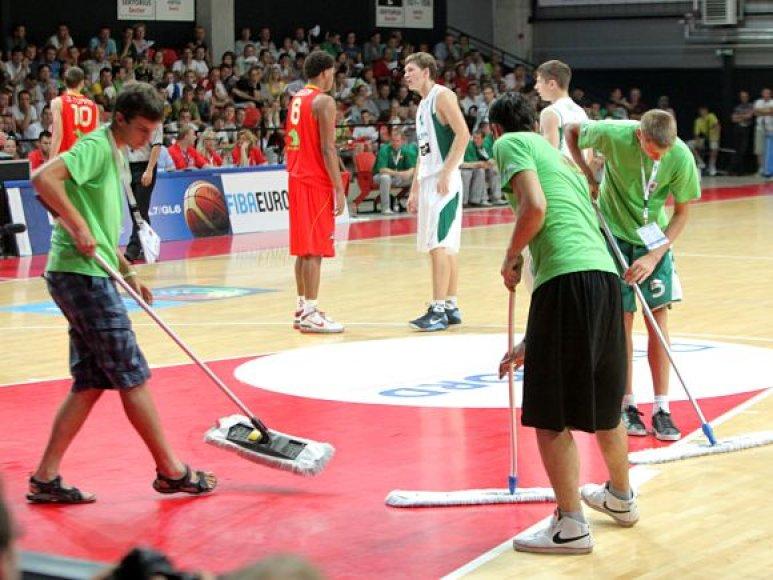 Europos čempionato savanorių komandai numatyta daugiau nei dvidešimt įvairaus pobūdžio atsakomybių