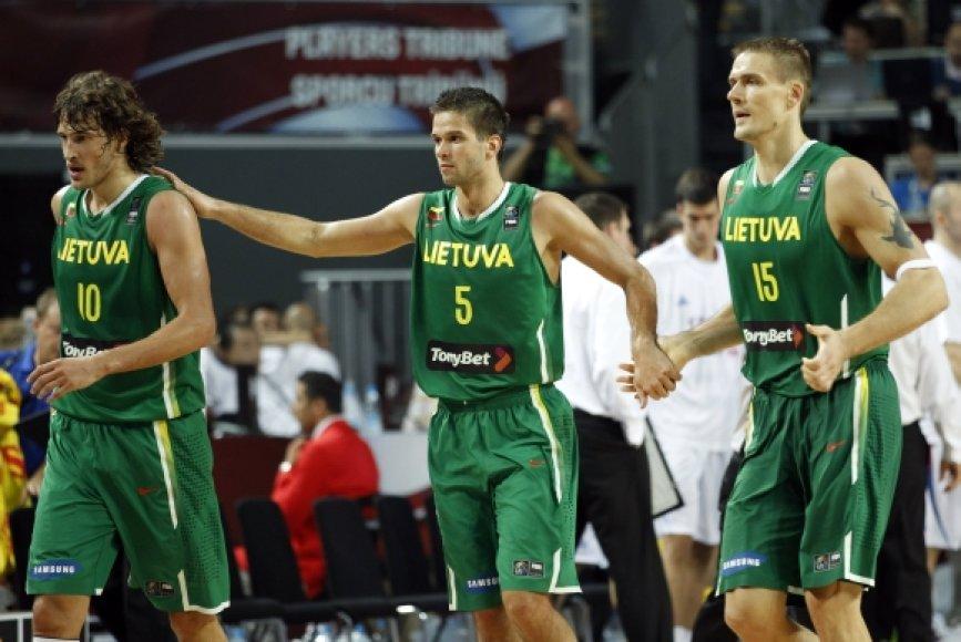 S.Jasaitis, M.Kalnietis ir R.Javtokas
