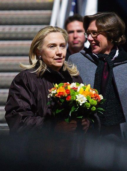 Pirmadienio vakarą į Vilnių atvyko JAV valstybės sekretorė Hillary Clinton
