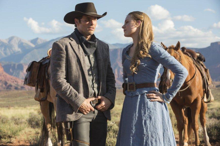 """HBO nuotr./Jamesas Marsdenas ir Evan Rachel Wood seriale """"Vakarų pasaulis"""""""
