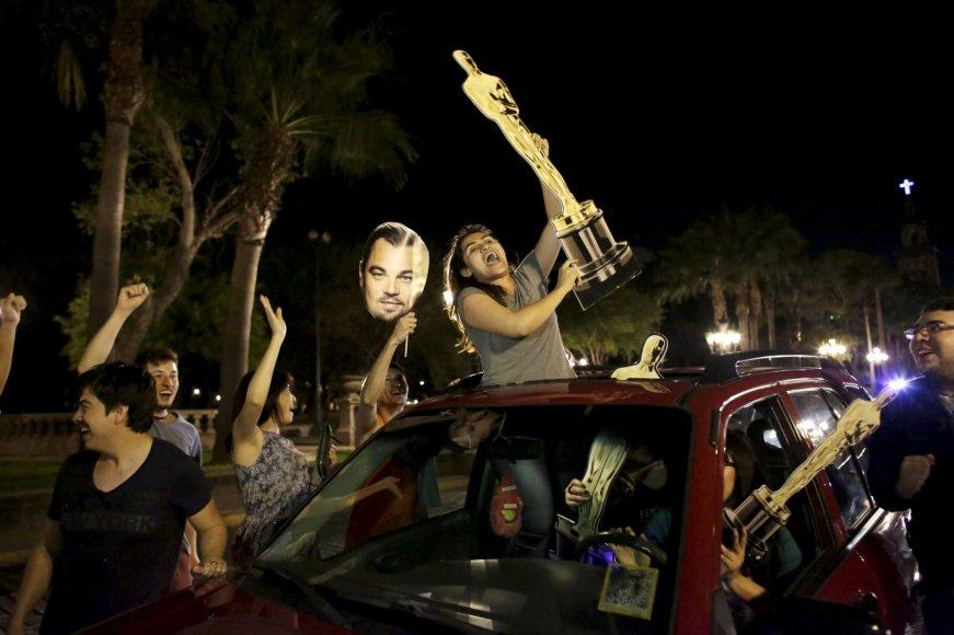 """Reuters""/""Scanpix"" nuotr./Leonardo DiCaprio gerbėjai Monterėjuje"