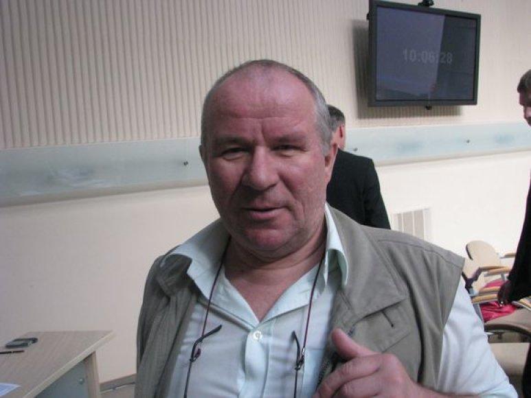 K.Mikėnas mano, kad K.Mazurkevičiui metami kaltinimai turi politinę potekstę.