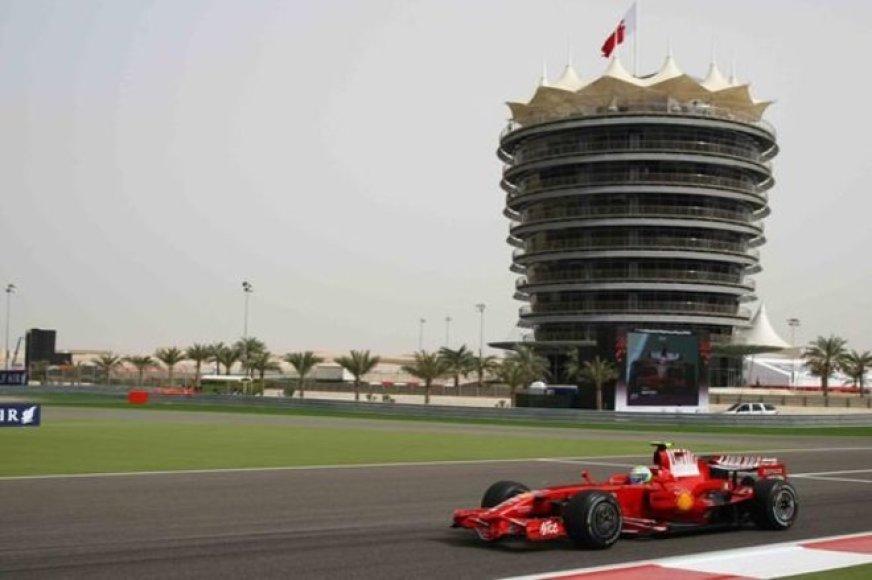 Bandymai Bahreine atšaukti, lenktynių tikimybė – 10 proc.