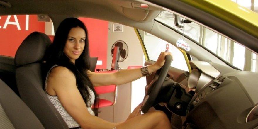 """Laura Neniškienė naujojoje """"Seat Ibiza"""""""