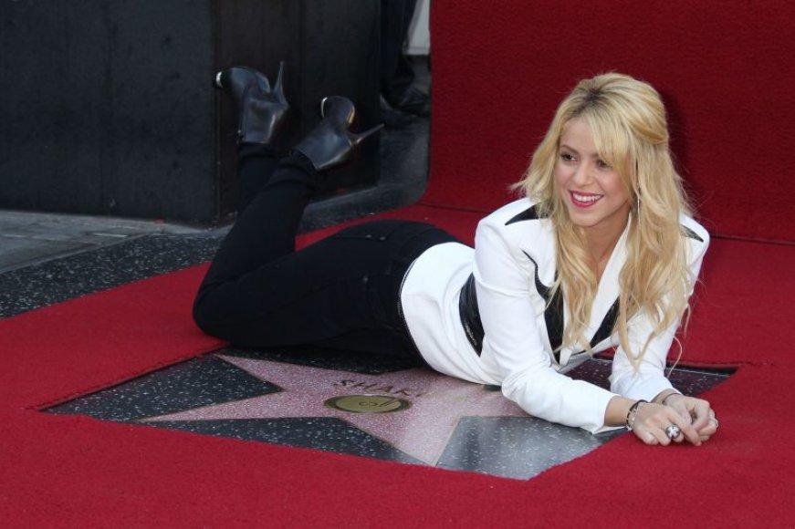 Shakira gavo žvaigždę Holivudo šlovės alėjoje