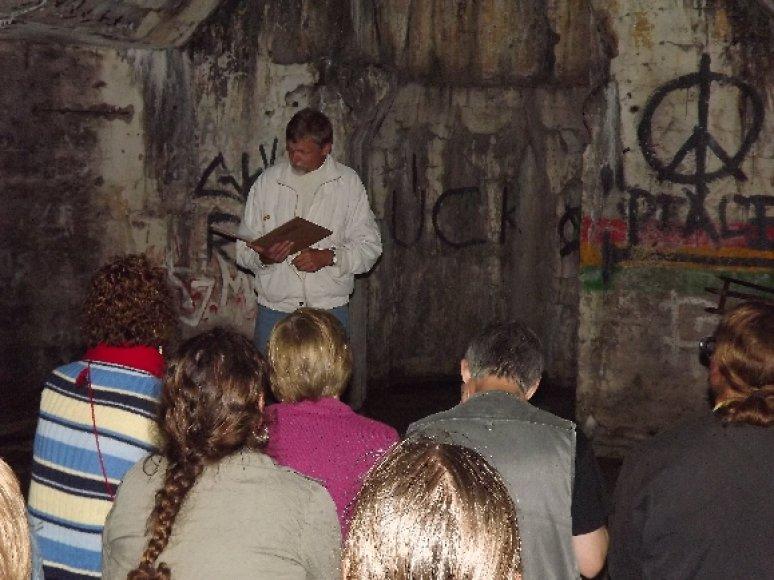 Festivalį pradėjo Placdarmo kapelionas M.Šidlauskas, perskaitęs komunikatą.