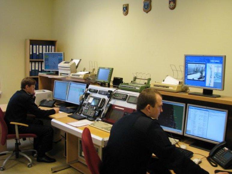 Galbėjimo jūroje operacijas organizuojančio centro specialistai budi kiaurą parą.