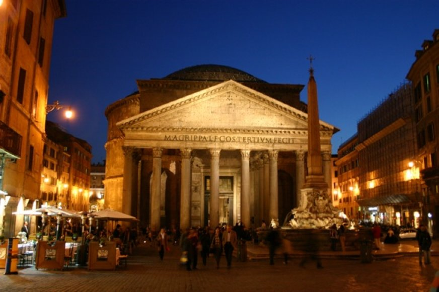 Panteonas - tai vienas geriausiai išsilaikiusių senųjų pasaulio pastatų.