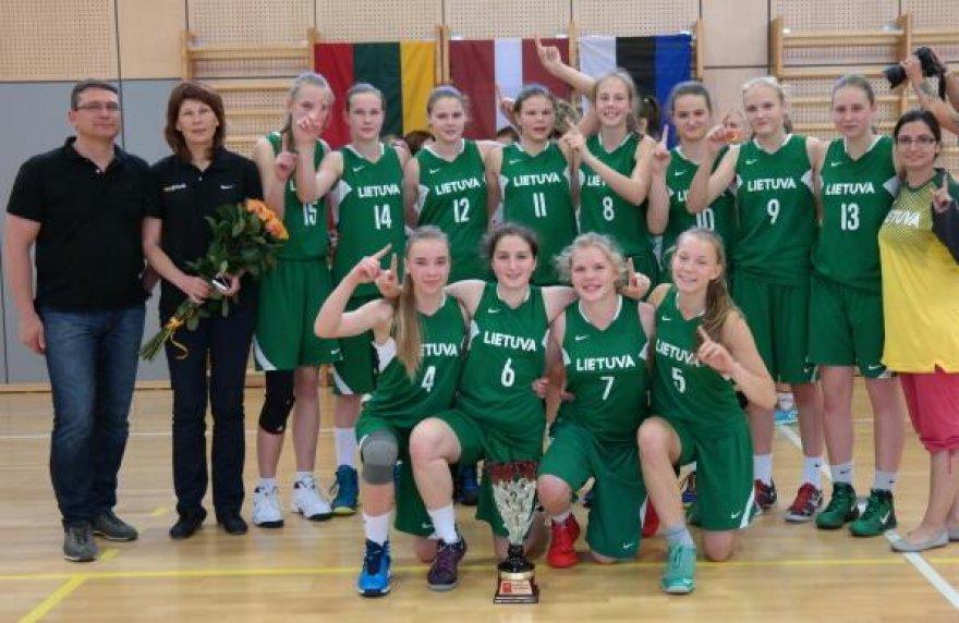 Lietuvos U 14 mergaičių krepšinio rinktinė tapo čempione.