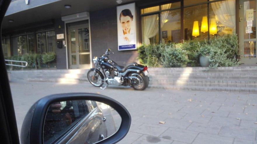 Motociklo parkavimas