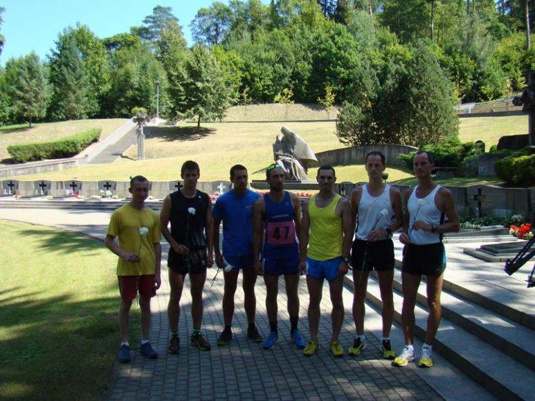 VSAT bėgimo komanda