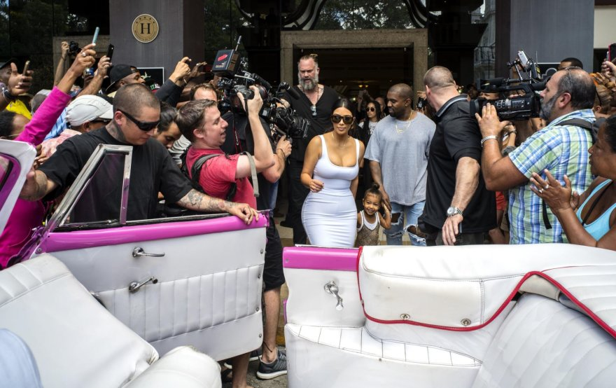 Kim Kardashian ir Kanye Westas su dukra North Kuboje