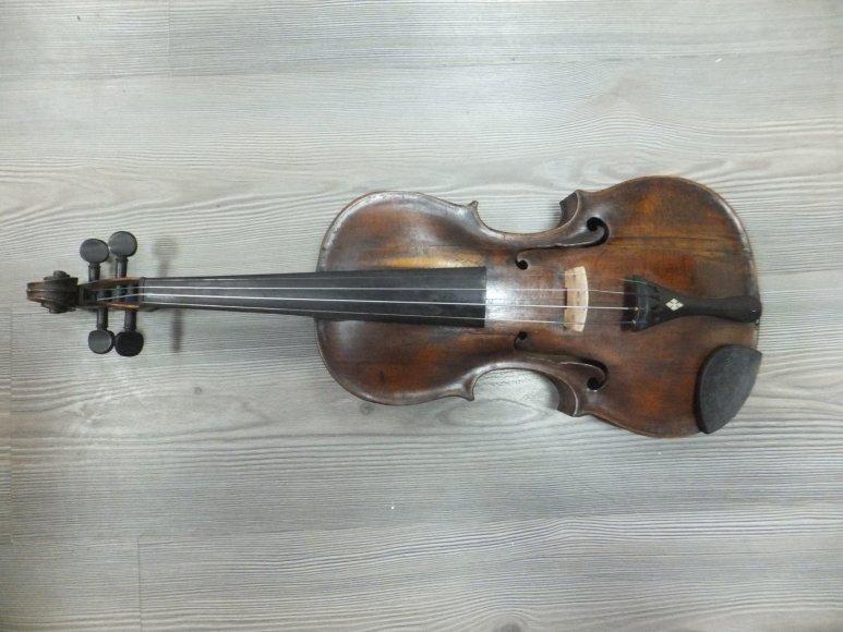 1770-ųjų metų gamybos smuikas