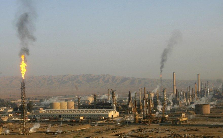 Baidžio naftos perdirbimo gamykla Salah ed Dino provincijoje į šiaurę nuo Bagdado.