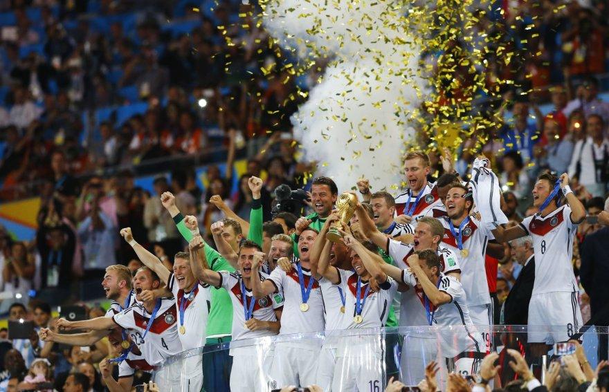 Vokietijos futbolininkai laimėjo 2014 metų Pasaulio futbolo čempionatą