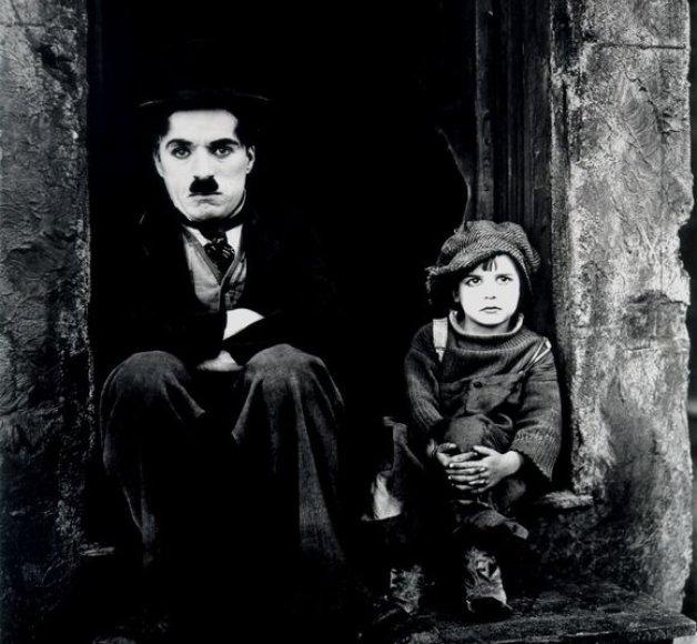 """Charlie Chaplino filmas """"Mažylis"""""""