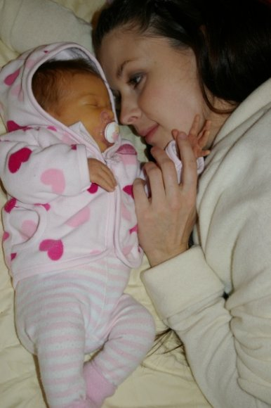 Laura Imbrasienė su dukrele Saule Sofija