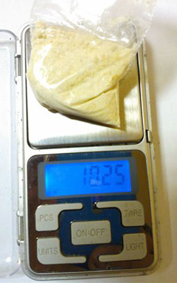 10 gramų heroino