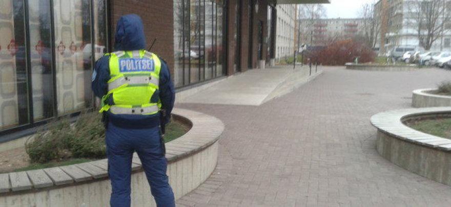 Estijos mokykluje - išpuolis