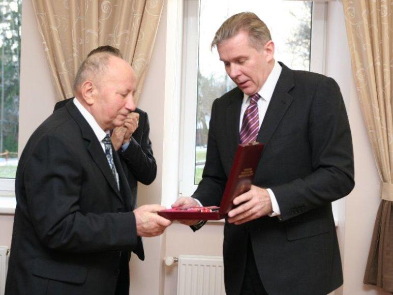 """""""Lietuvos diplomatijos žvaigždės"""" įteikimas Antanui Račui"""