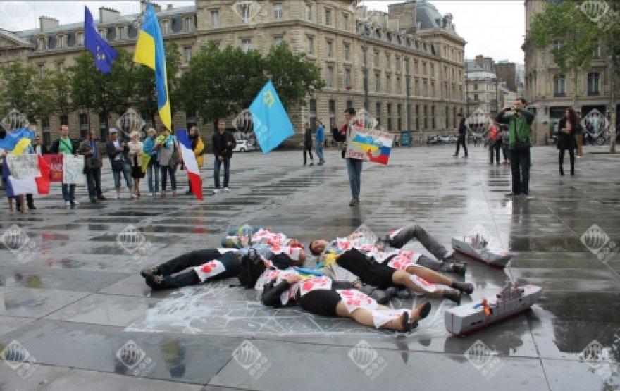 """Protesto akcija prieš """"Mistral"""" pardavimą"""