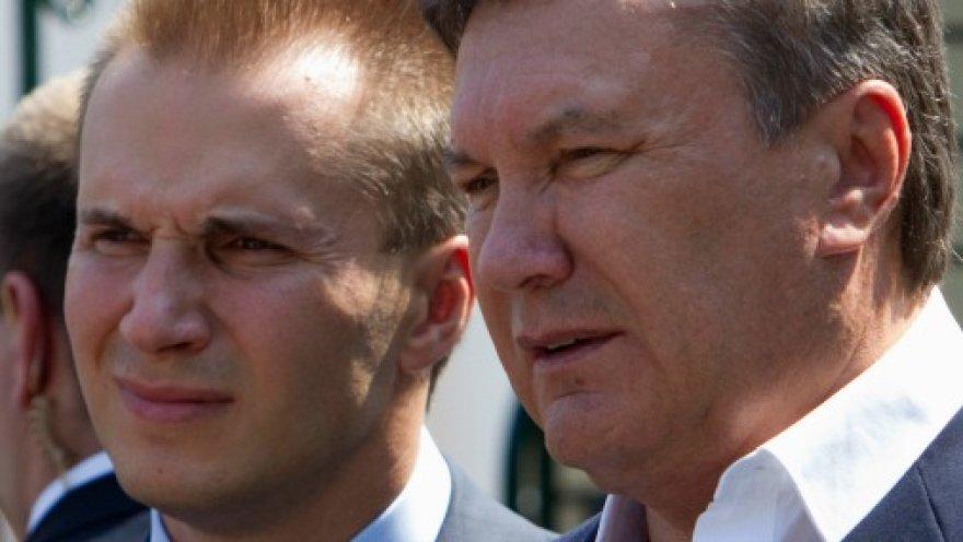 Въезд в Латвию запрещен сыновьям Януковича и бывшему генпрокурору
