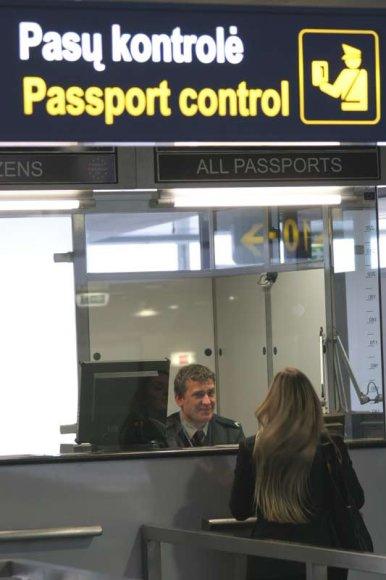Asociatyvinė iliustracija: keleivių patikros punktas oro uoste