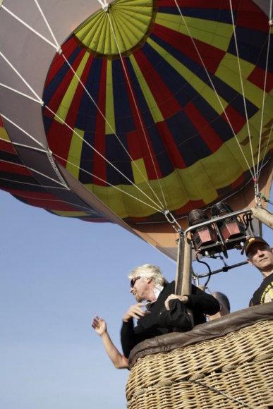 Richardo Bransono skrydis oro balionu