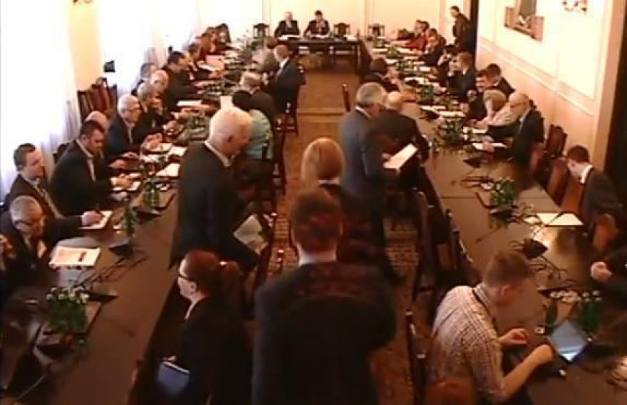 Susitikimas Lenkijos parlamente, kuriame dalyvavo Rusijos šnipas
