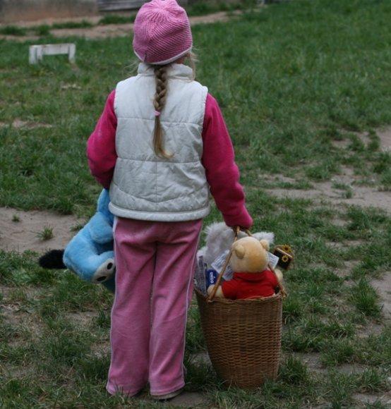 Šiuo metu uostamiestyje globojami 174 vaikai, kurių abu jų tėvai išvykę dirbti į užsienį.