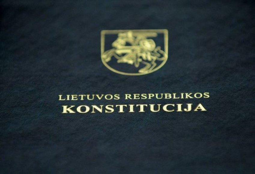 Lietuvos konstitucija (KAM nuotr.).
