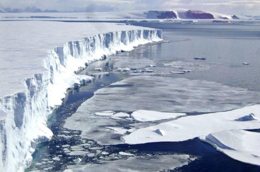 Įspūdingas, tačiau taip pat tirpstantis Larseno ledynas Antarktidoje