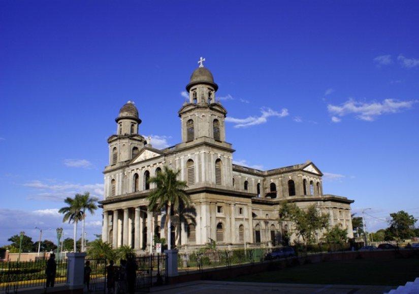 Managvos katedra Nikaragvoje.