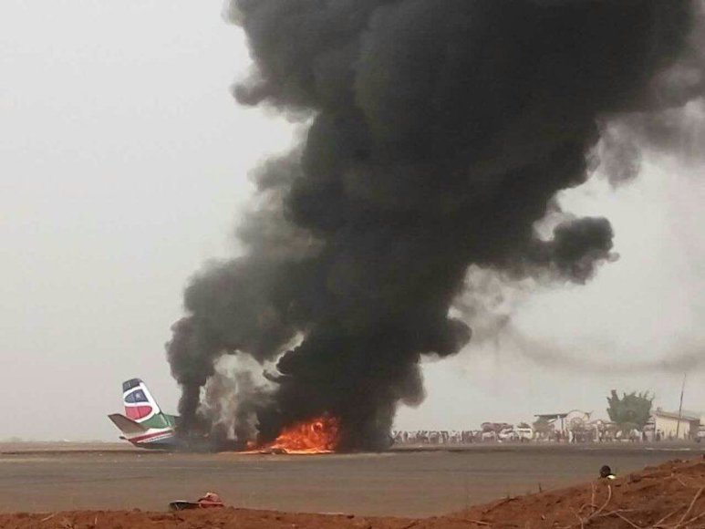 "Sudužęs ""South Supreme Airlines"" lėktuvas"